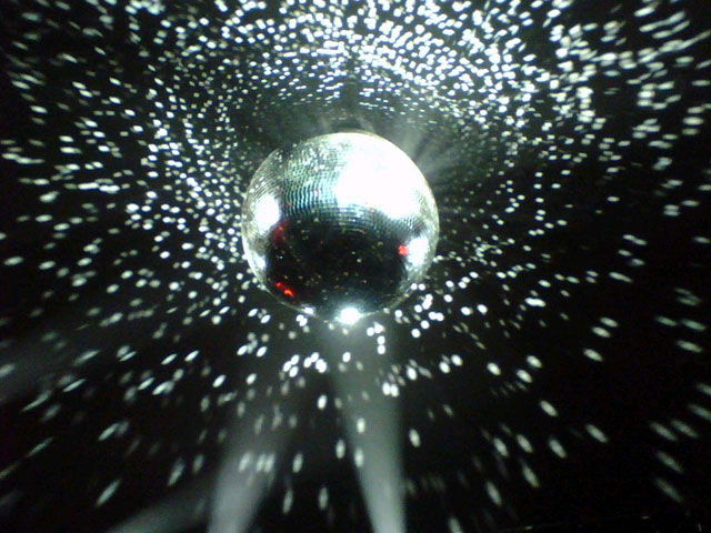 Stayin' Alive: Disco Tribute